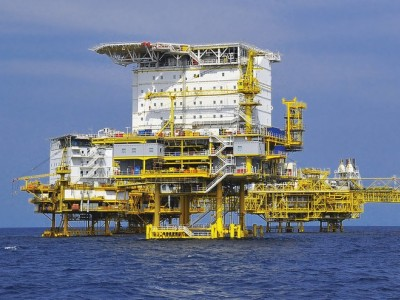 Alphastrut aluminium flooring and service support systems for offshore oil and gas platforms.